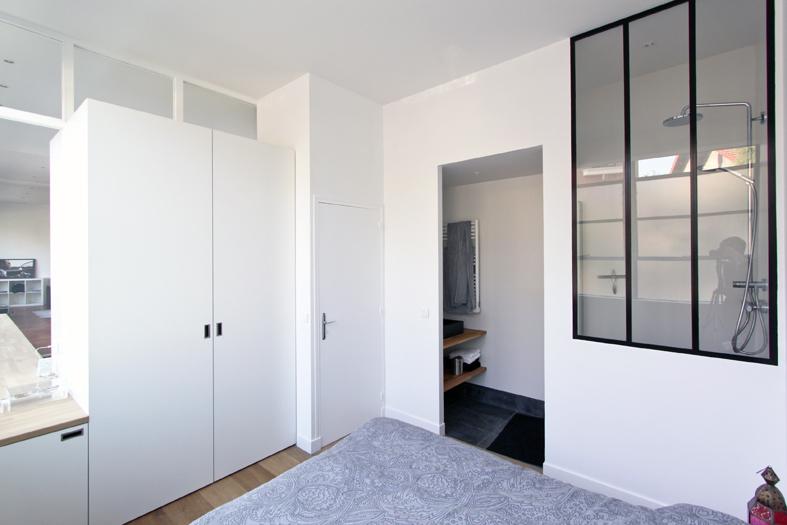 nouvelles deux chambres une salle de bains avec wc et une salle deau accessible depuis la with. Black Bedroom Furniture Sets. Home Design Ideas