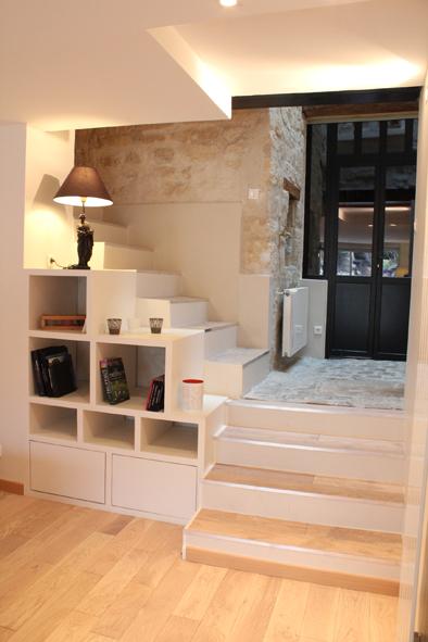 amnagement bureau sous escalier ralisation bureau en sous pente with amnagement bureau sous. Black Bedroom Furniture Sets. Home Design Ideas