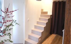 Escalier MDF dans l'entrée