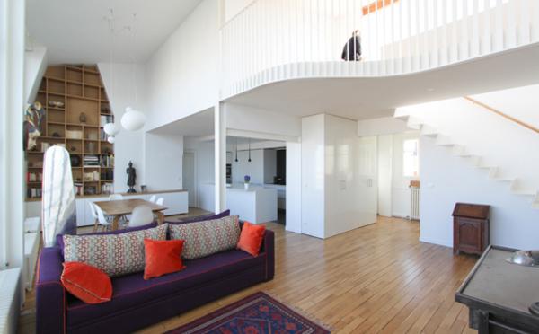 Avec une vue et une luminosité exceptionnelle cet appartement situé dans un des beaux quartiers de paris a besoin dêtre modernisé alors quils